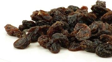 Dark raisins make wine have a brownish colour.
