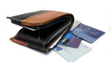 Cómo depositar dinero en una tarjeta de crédito