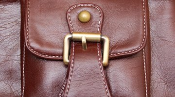 A pouch or bag can be closed with a magnetic clasp.