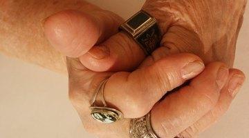 ¿Qué causa sensación de pinchazos y picazón en la piel?