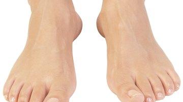 Cómo curar hongos de la uña del pie con Listerine