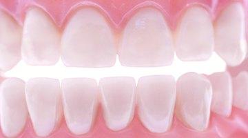 Receta para un limpiador casero de prótesis dentales