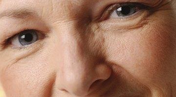 Los remedios caseros simples pueden ayudar a rellenar las arrugas de la cara.