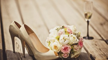 Tan shoes are a subtle accent for a pink dress.