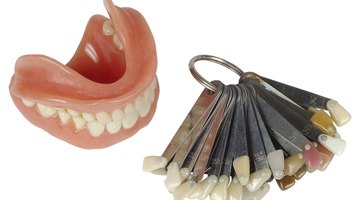 Cómo hacer dientes falsos en casa
