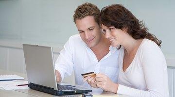 Cómo transferir fondos de una tarjeta de débito a otra