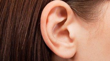 Causas de un bulto en el lóbulo de la oreja