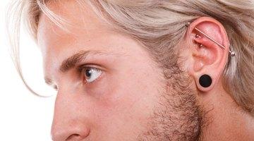 ¿Por qué me duelen mis orejas perforadas?