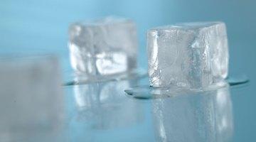 Cómo eliminar un grano con hielo