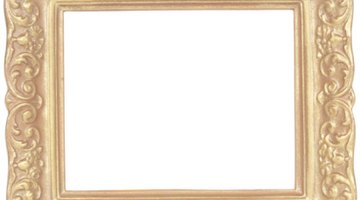 The style of the frame helps direct your arrangement.