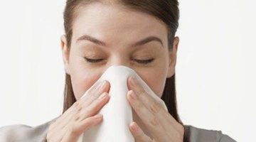 ¿Qué ocasiona el moqueo nasal al momento de comer?