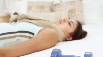 Ejercicios mientras se está en la cama por un tobillo roto