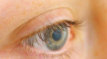 Cómo eliminar el cemento en polvo de tu ojo