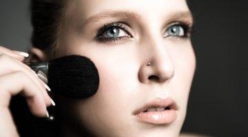 Cómo tapar una costra en el rostro