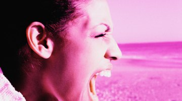 Las mejores maneras de perder tu voz toman por lo menos un par de horas para llegar a su completo efecto y requieren un mantenimiento constante.
