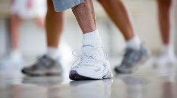 Cómo evitar que los zapatos rocen los huesos del tobillo