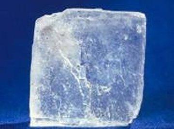 Halite (sodium chloride)