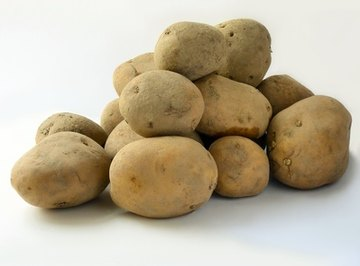 Turn ordinary potatos into batteries with this experiment.