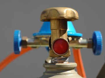Gas pressure is regulated with a flow control valve.