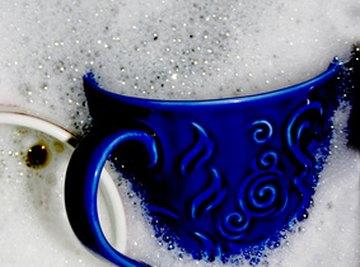 Dishwashing liquid isn't just for washing dishes.