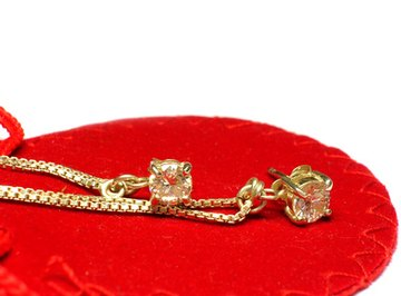 Alloys used in jewelry