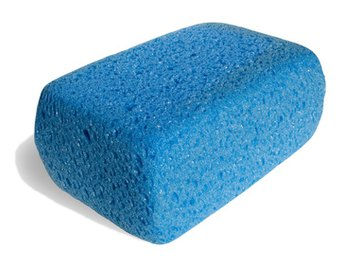 Kitchen sponges come in a variety of shapes and colors.