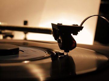 You can make your own record player with ordinary household objects.