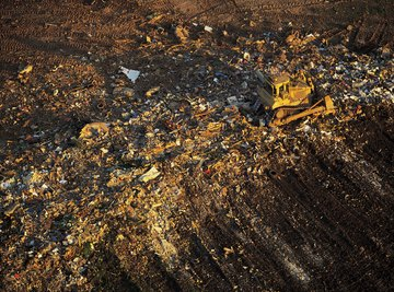 In 2009, the U.S. had fewer than 2,000 landfills to hold trash.