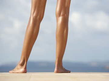 There are many different parts to a human leg.