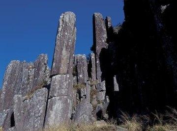 Gabbro has the same composition as basalt.