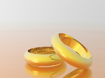 18-carat gold is commonly used in wedding rings.
