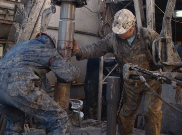 Avoid applying pull that exceeds the drill pipe's overpull.