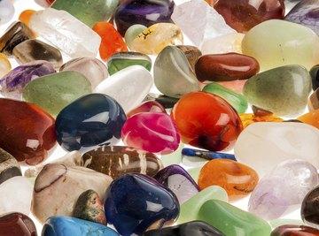 Assorted polished gemstones