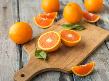 What Is the Difference Between Florida & California Oranges?