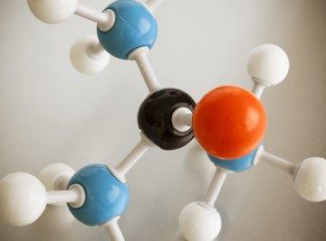 The Difference Between Atoms, Ions, Molecules and Compounds