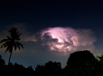 How to Stay Safe During a Lightning Storm
