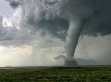 What Are the Speeds of Tornadoes?