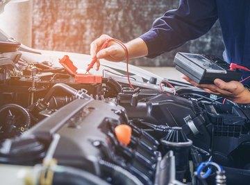 Differences Between Hydraulic Motors & Electric Motors