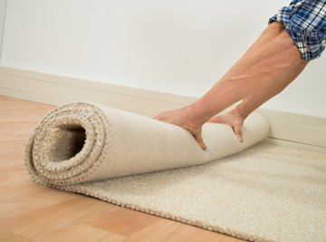 How to Convert Square Feet to Yards