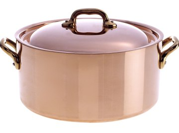 Applying heat to copper can change its surface color.
