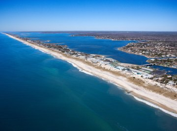 Barrier islands, linear barrier beaches and inlets characterize the Middle Atlantic States.