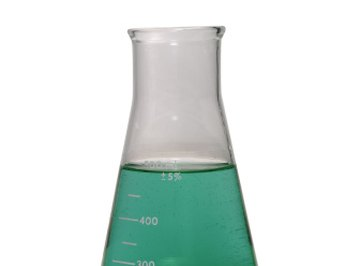 Determine the amount of reactant left over after chemical reaction.