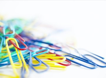 Choose a pack of paper clips containing at least five different colors.