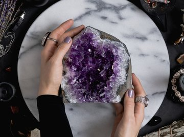 How Are Amethyst Geodes Formed