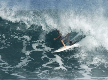 That same Hawaiian wave can make electricity.