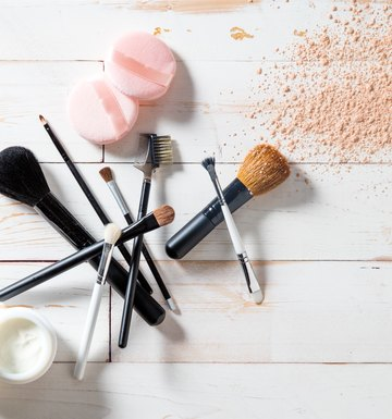 Homemade makeup brushes