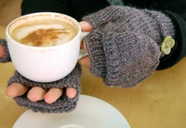 How to Knit Convertible Fingerless Gloves