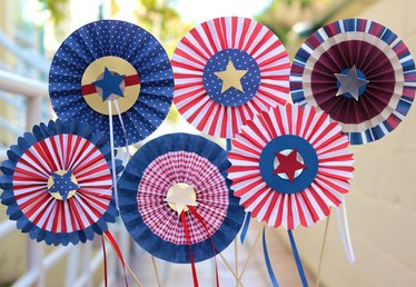 DIY Red, White and Blue Pinwheel Rosettes
