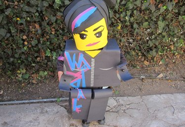 How to Make a LEGO Wyldstyle Costume