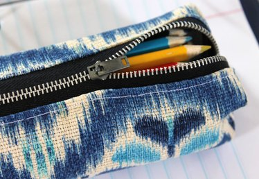 DIY: Back to School Pencil Pouch